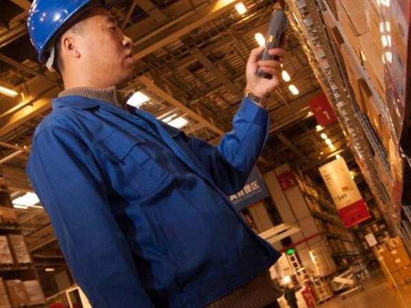数据采集终端是如何取代传统的仓库管理方法的?